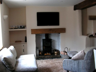 Living Room At Cinnamon Teal Cottage With Wood Burner In Fireplace Part 78